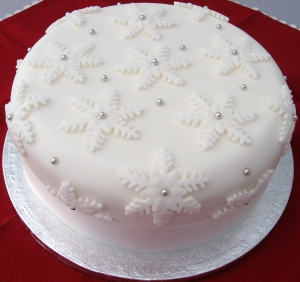 the sweet kitchen Christmas Cake