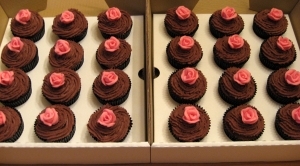 Milk Chocolate Ganache Cupcakes with Pink Chocolate Roses