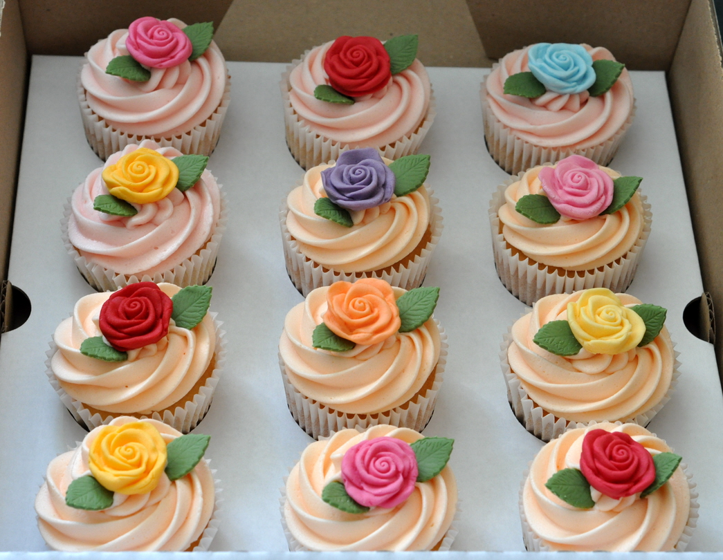 Wedding Cupcakes At Gonville And Caius College Cambridge