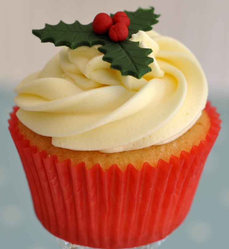 Traditional Christmas Cupcake