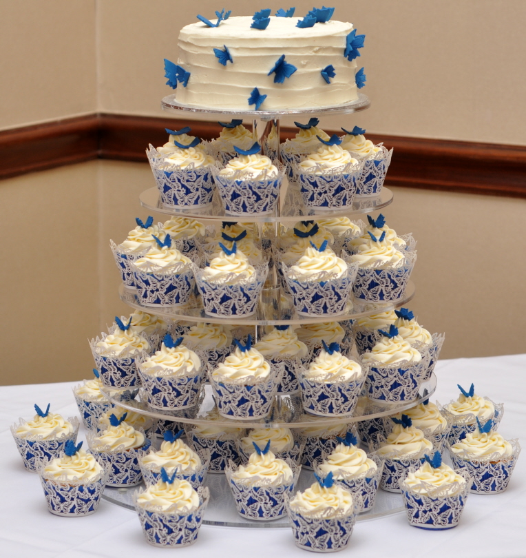 Cupcake Ideas For Wedding: Royal Blue Butterfly Wedding Cupcakes